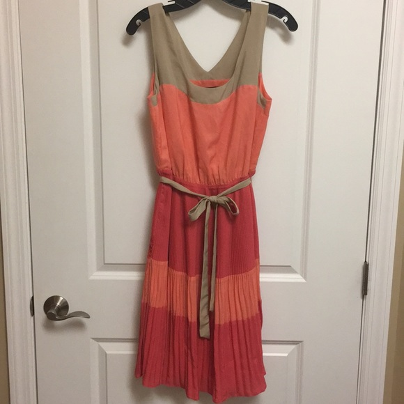 The Limited Dresses & Skirts - The Limited tan, peach & pink color block dress